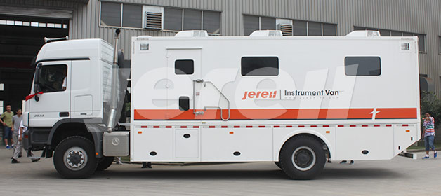 Truck Mounted Instrument Van Benz