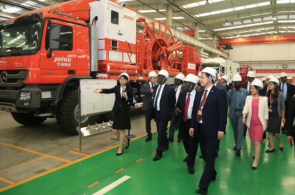 The Delegation Visited Jereh Oilfield Equipment Manufacturing Park
